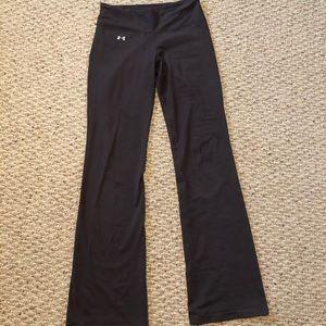 Under Armour boot cut yoga pants size XS
